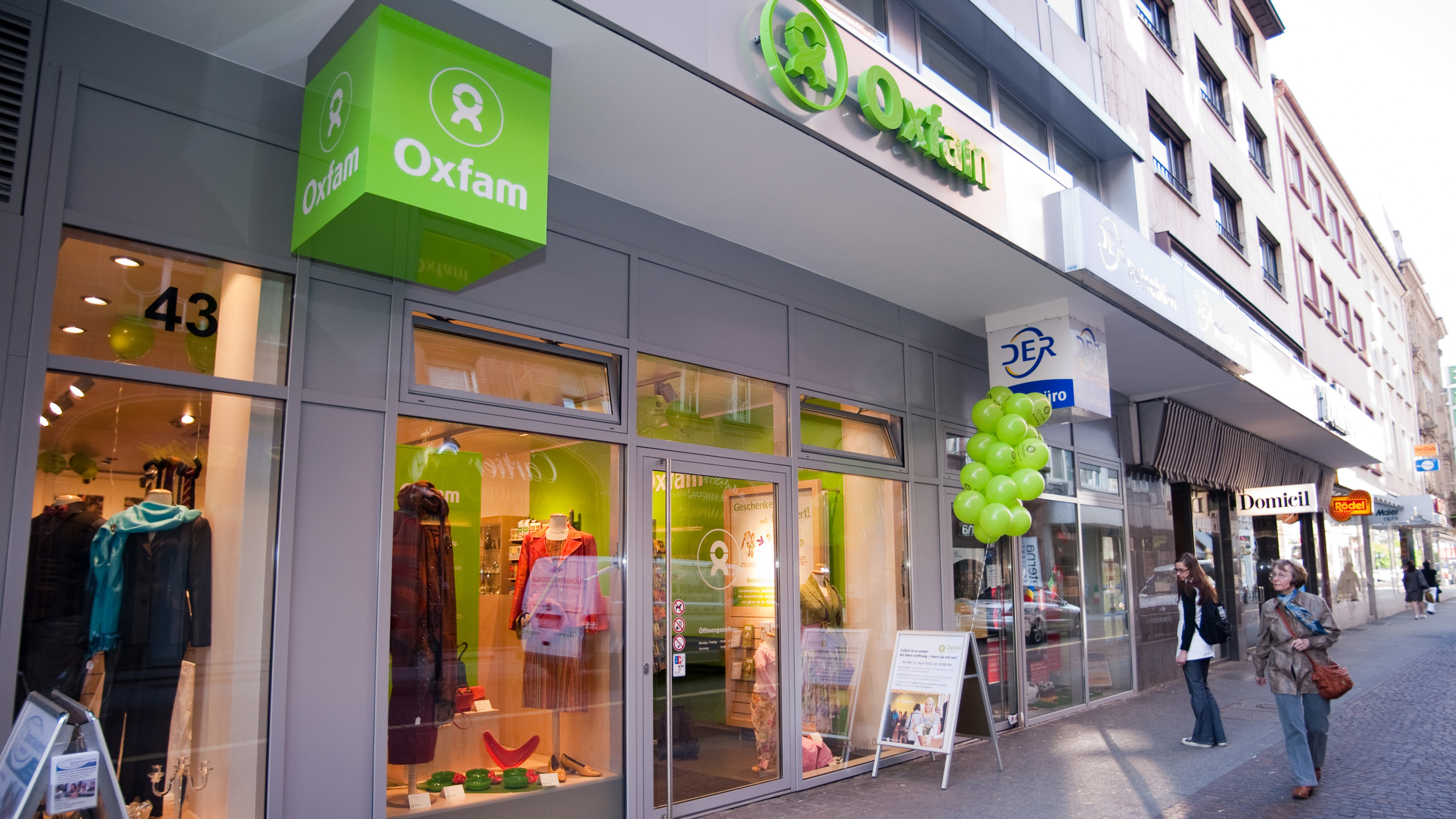 Secondhand kaufen spenden in karlsruhe oxfam shop for Karlsruhe shopping