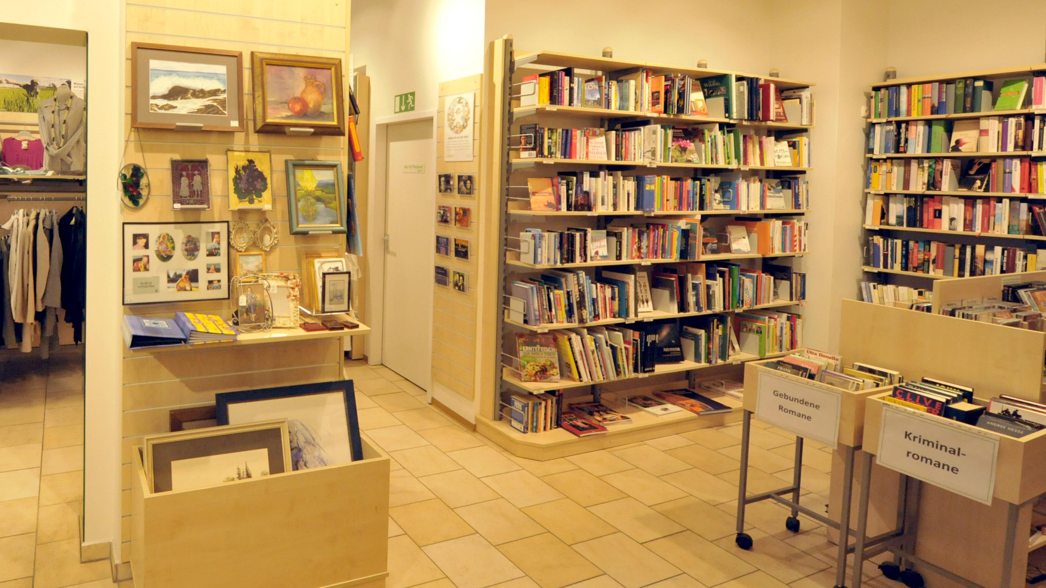 Oxfam Shop Regensburg - Bücher
