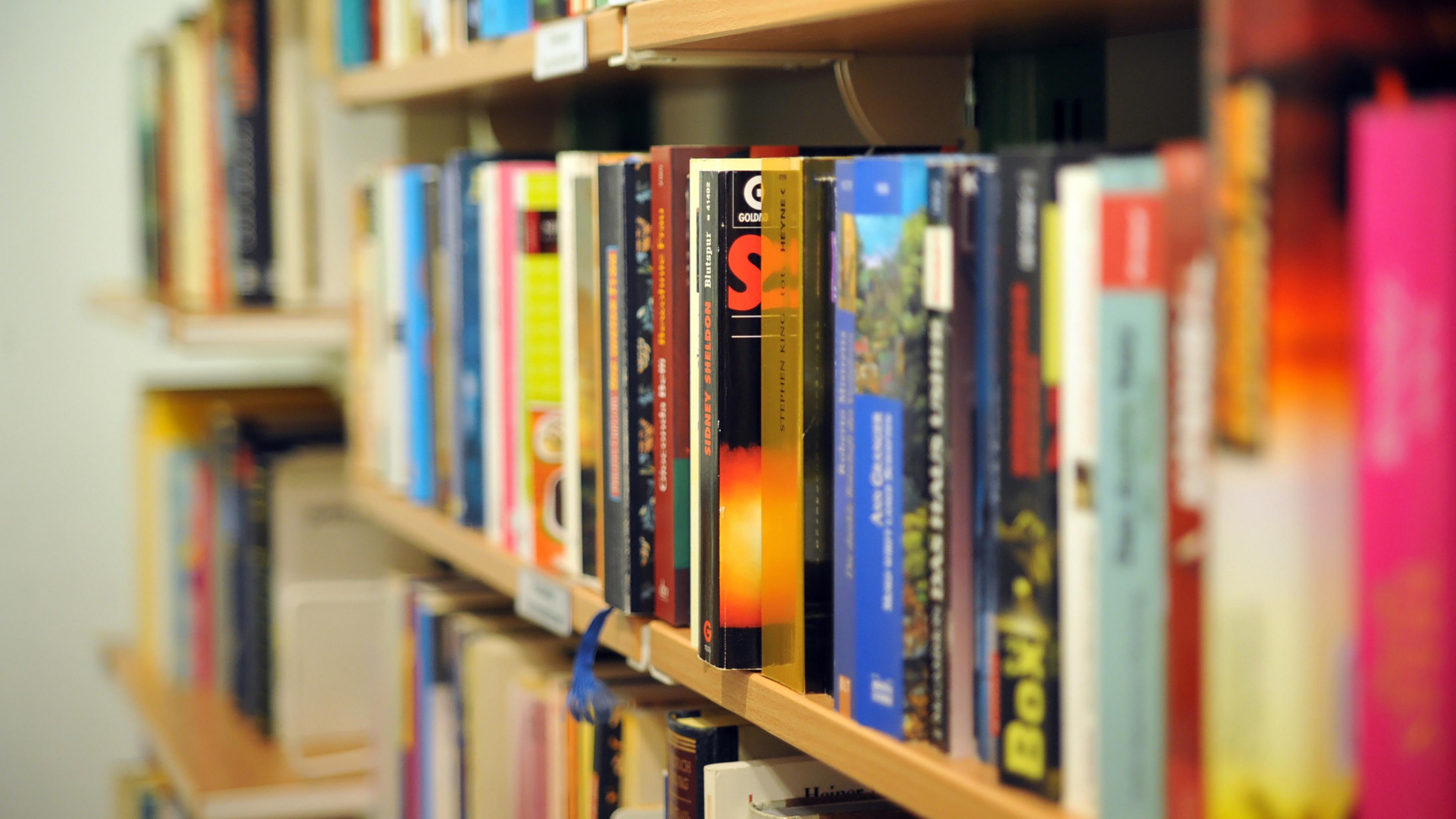 Bücher im Oxfam Shop