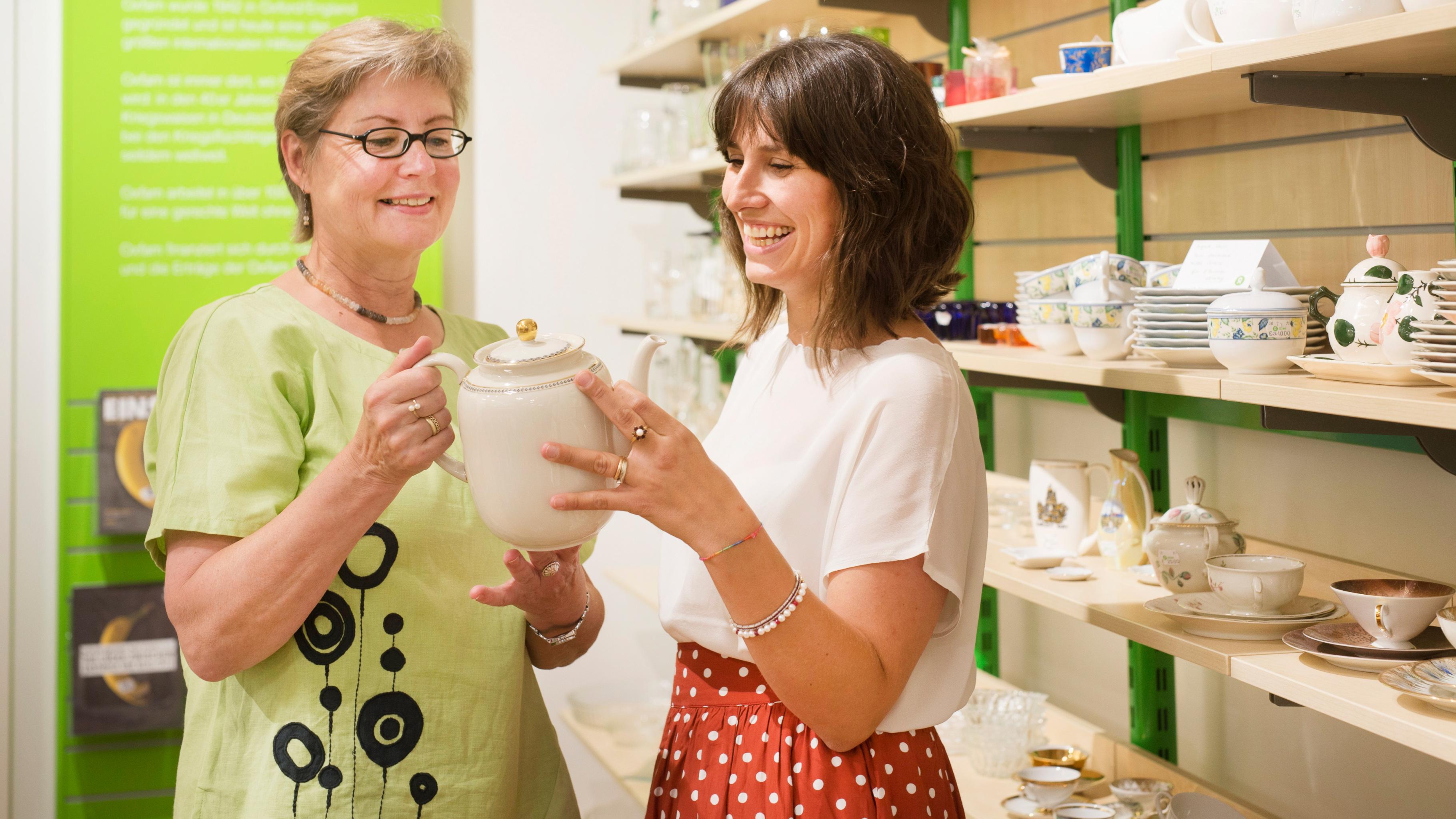 Oxfam Shop Düsseldorf-Pempelfort - Ehrenamtliche im Shop