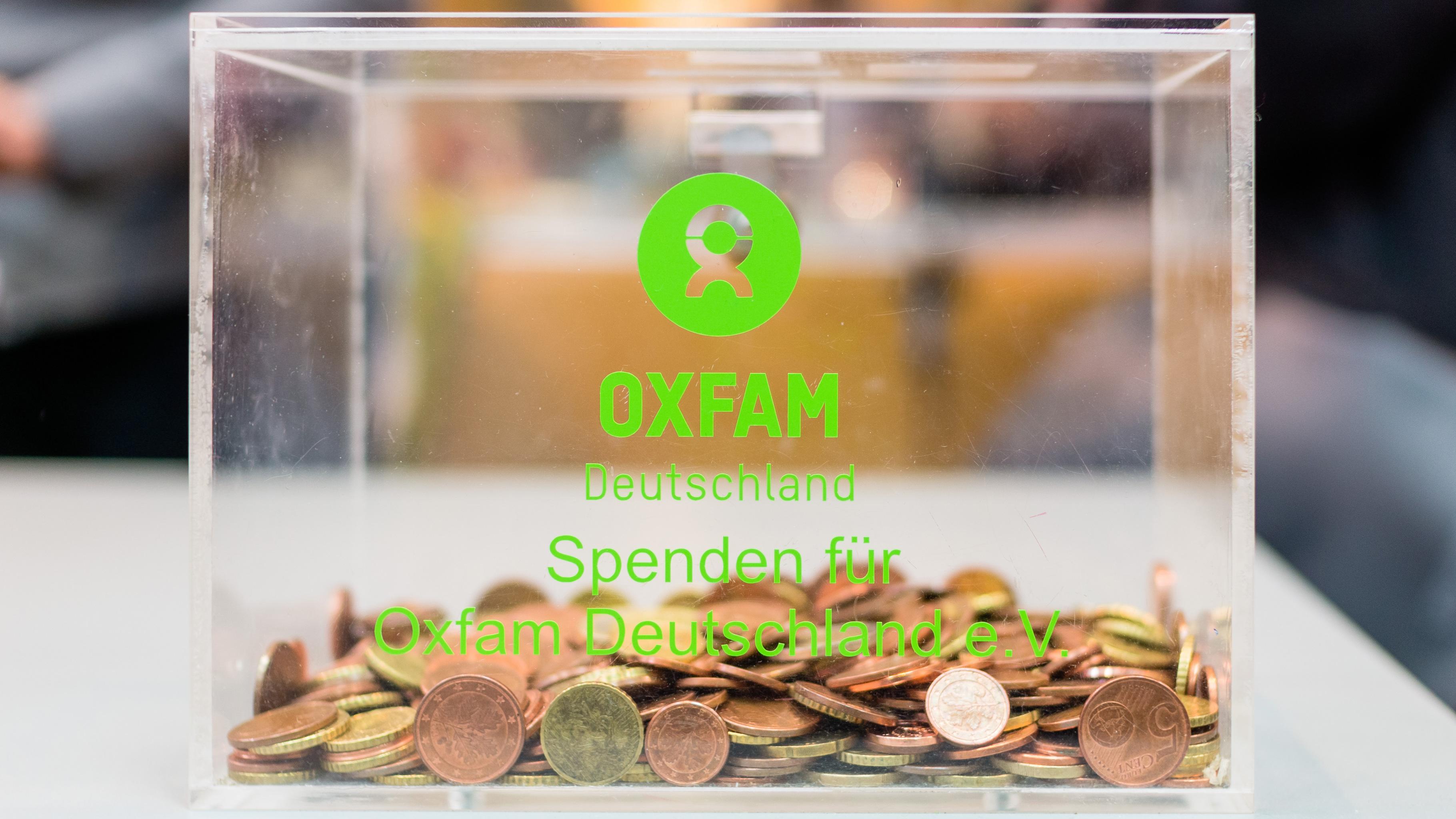 Münzen und Banknoten: Spenden Sie D-Mark und andere Währungen