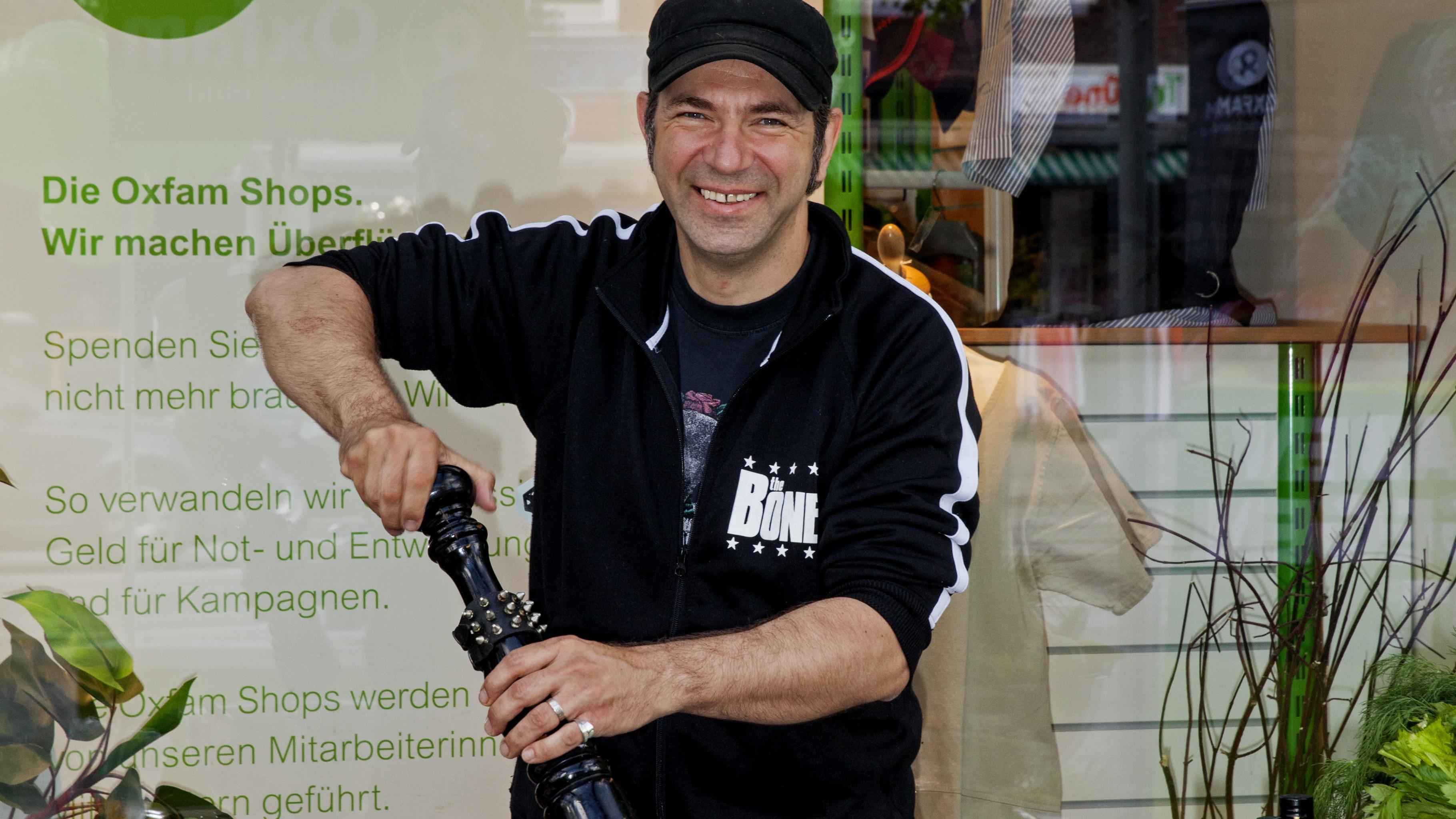 Oxfam Shop Hamburg-Wandsbek – Kampagnenbotschafter Ole Plogstedt