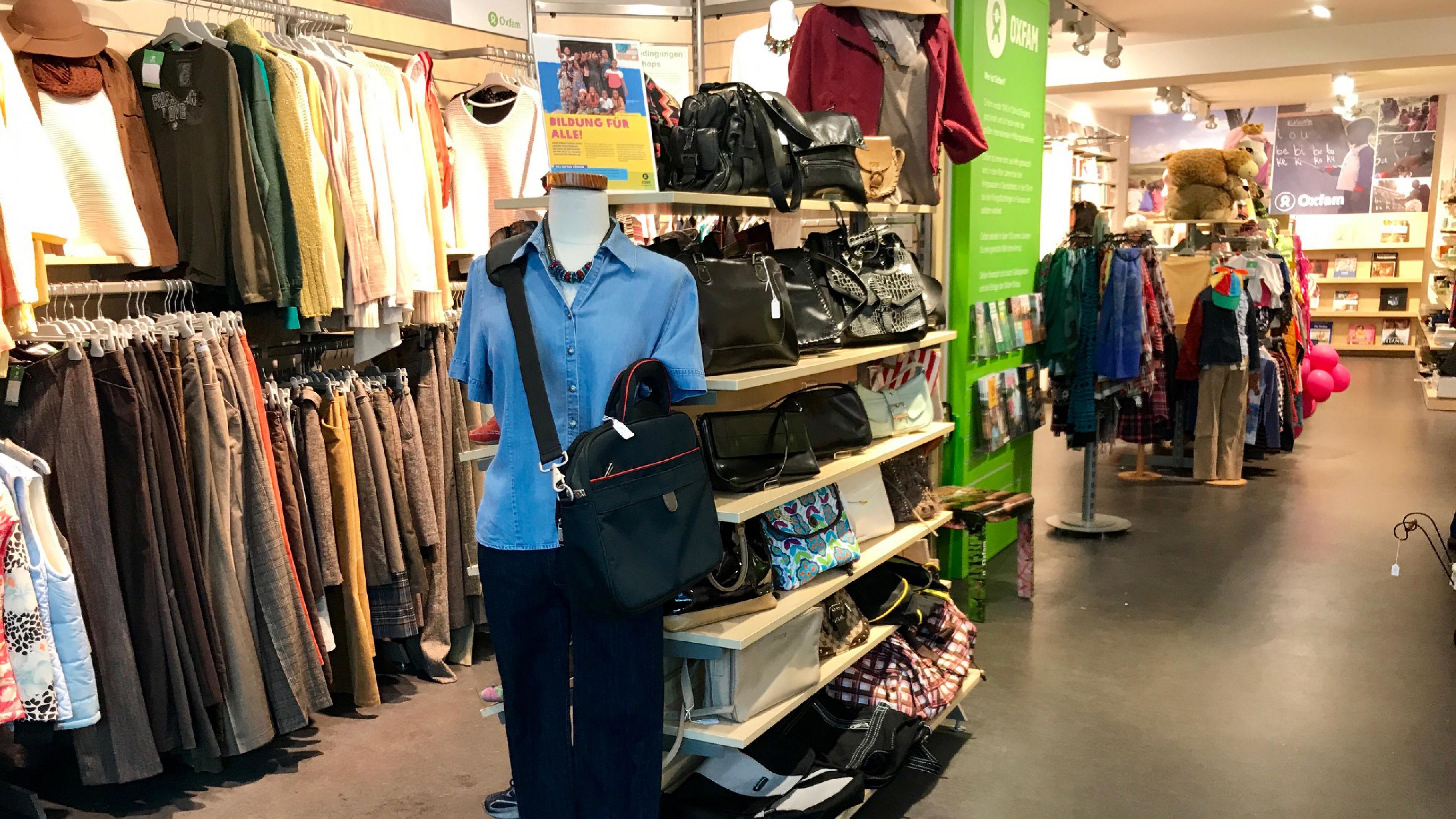 Oxfam Shop Düsseldorf-Friedrichstadt - Innenansicht