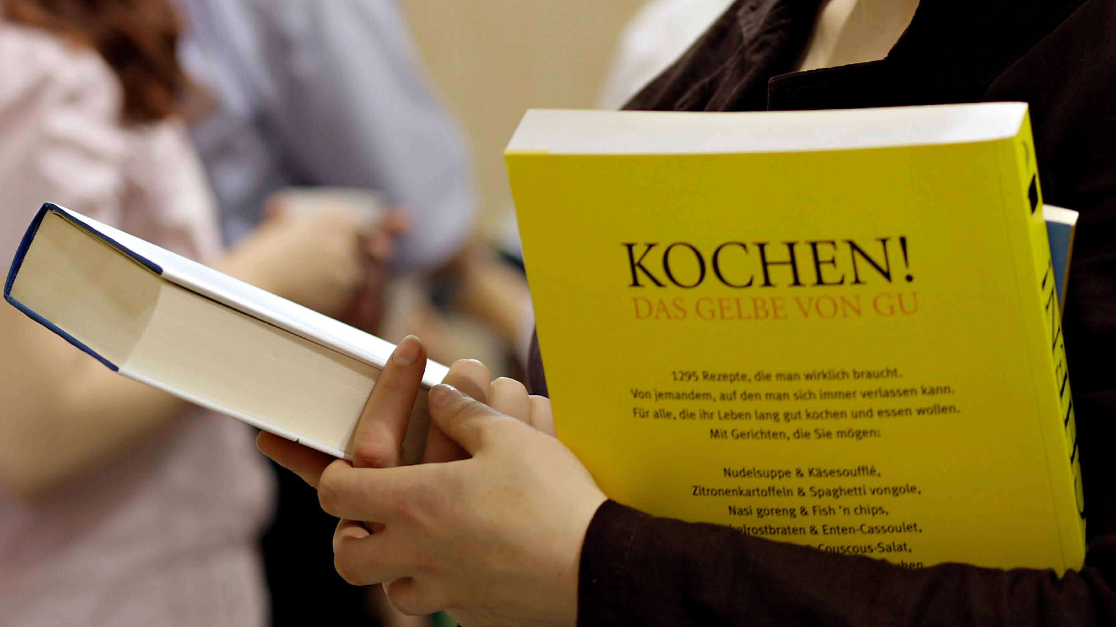 Bücher aus verschiedenen Themenbereichen gibt es im Oxfam Shop
