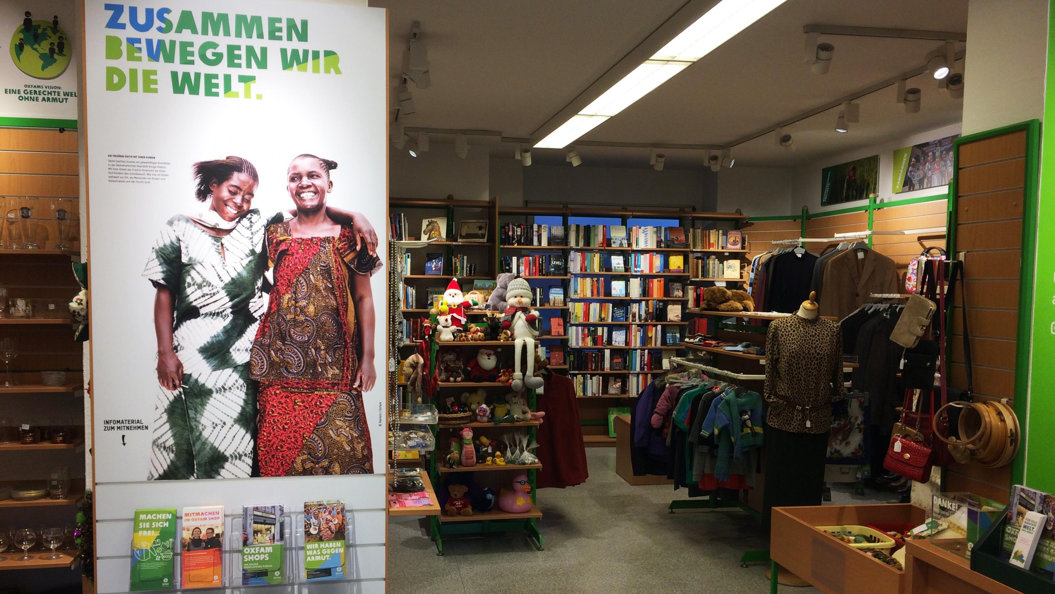 Oxfam Shop Berlin-Spandau - Innenansicht