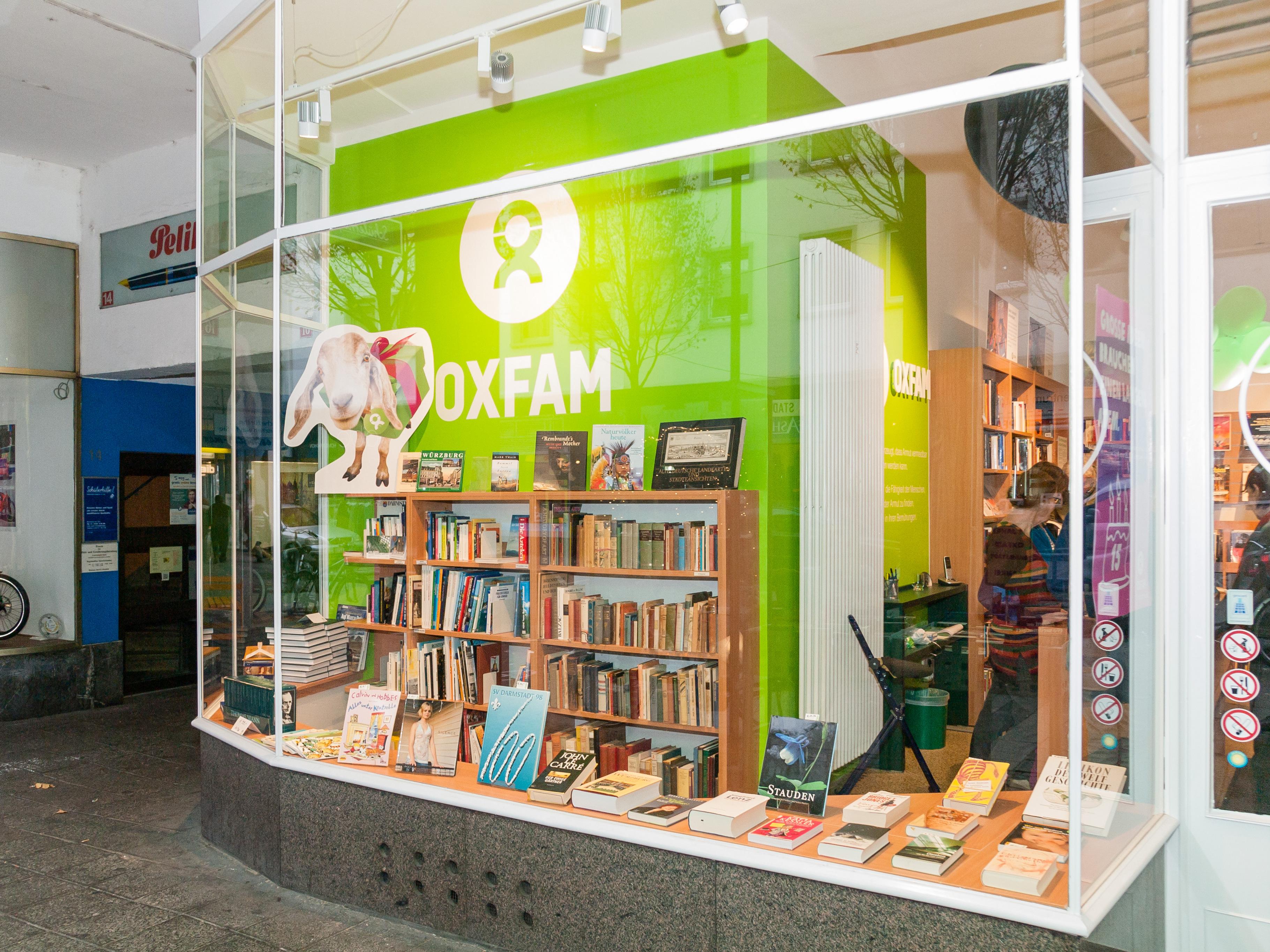 Oxfam Buchshop Darmstadt - Schaufenster