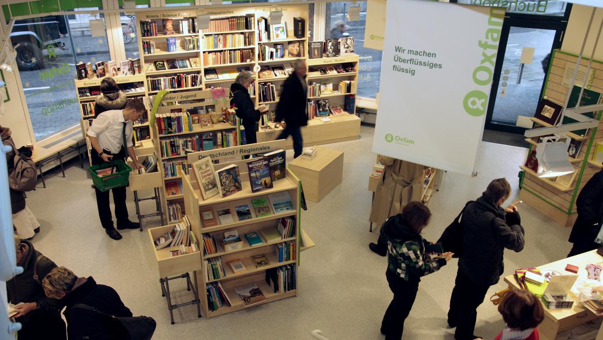 Oxfam Buchshop München - Innenansicht