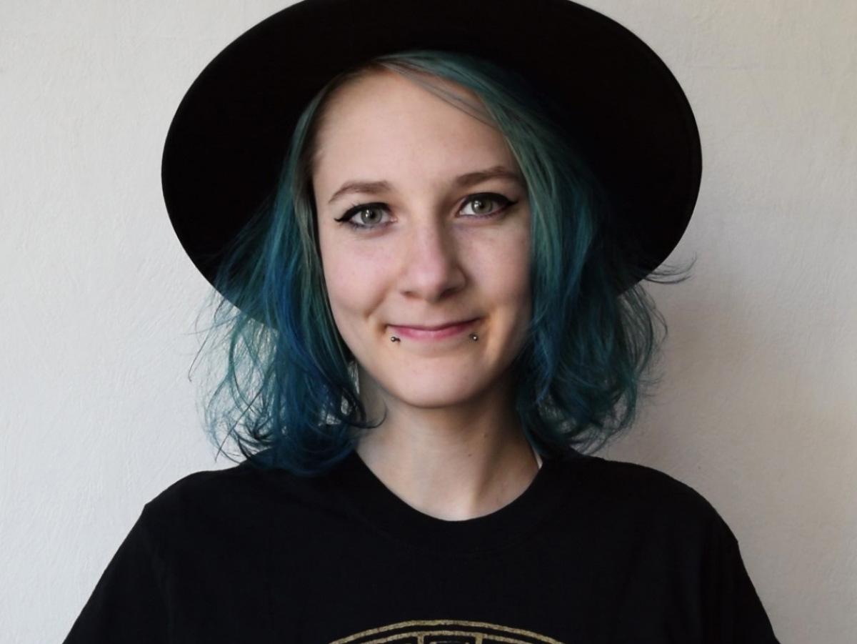 Ehrenamtliche Johanna Schreiner aus dem Oxfam Shop Kassel