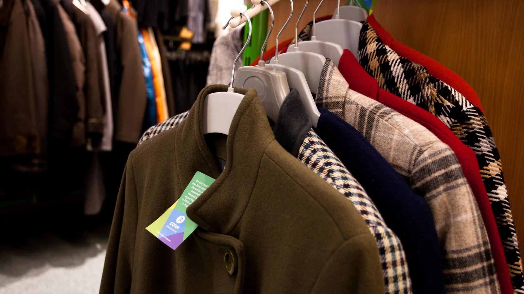 Jacken und Mäntel im Oxfam Shop
