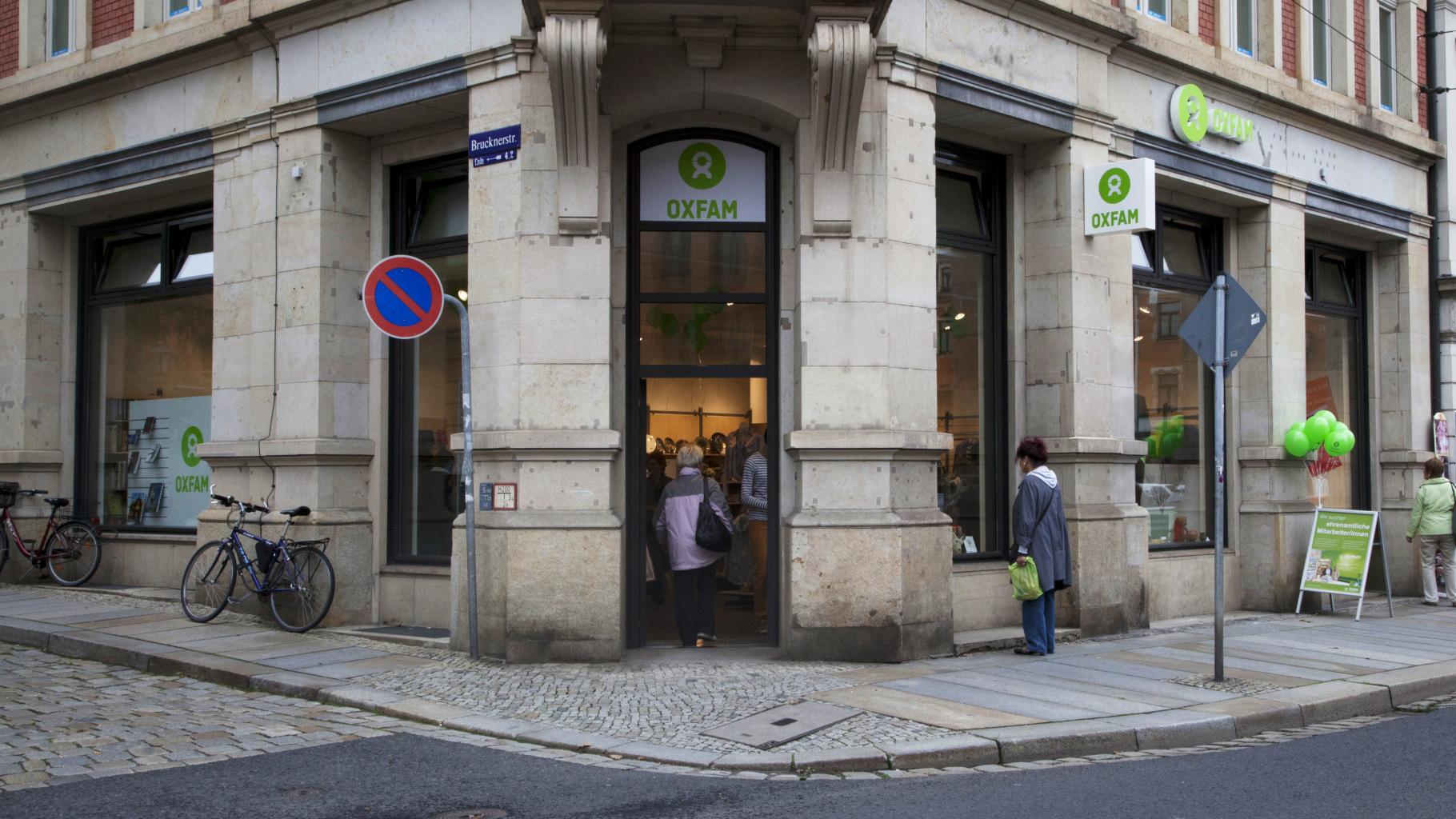 Oxfam Shop Dresden - Außenansicht