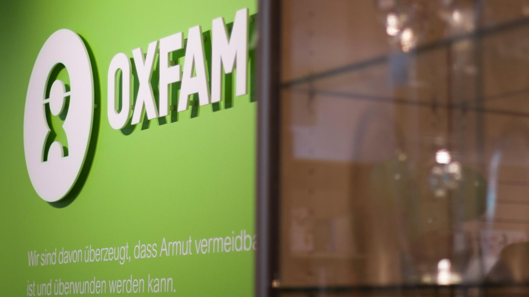 Oxfam-Logo im Oxfam Shop