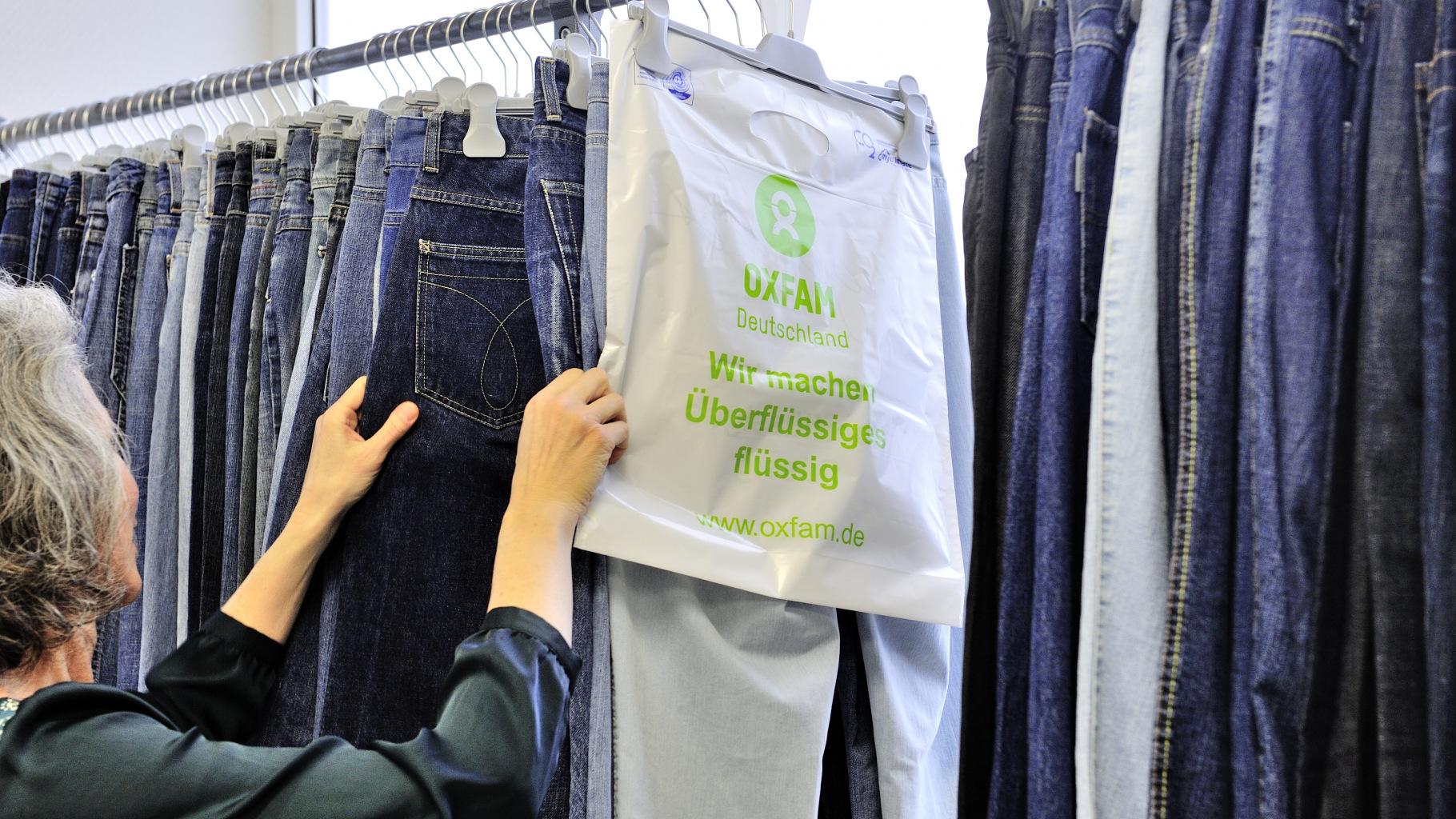 Oxfam Shops nehmen auch Firmenspenden und Unternehmensspenden an. Kontaktieren Sie uns.