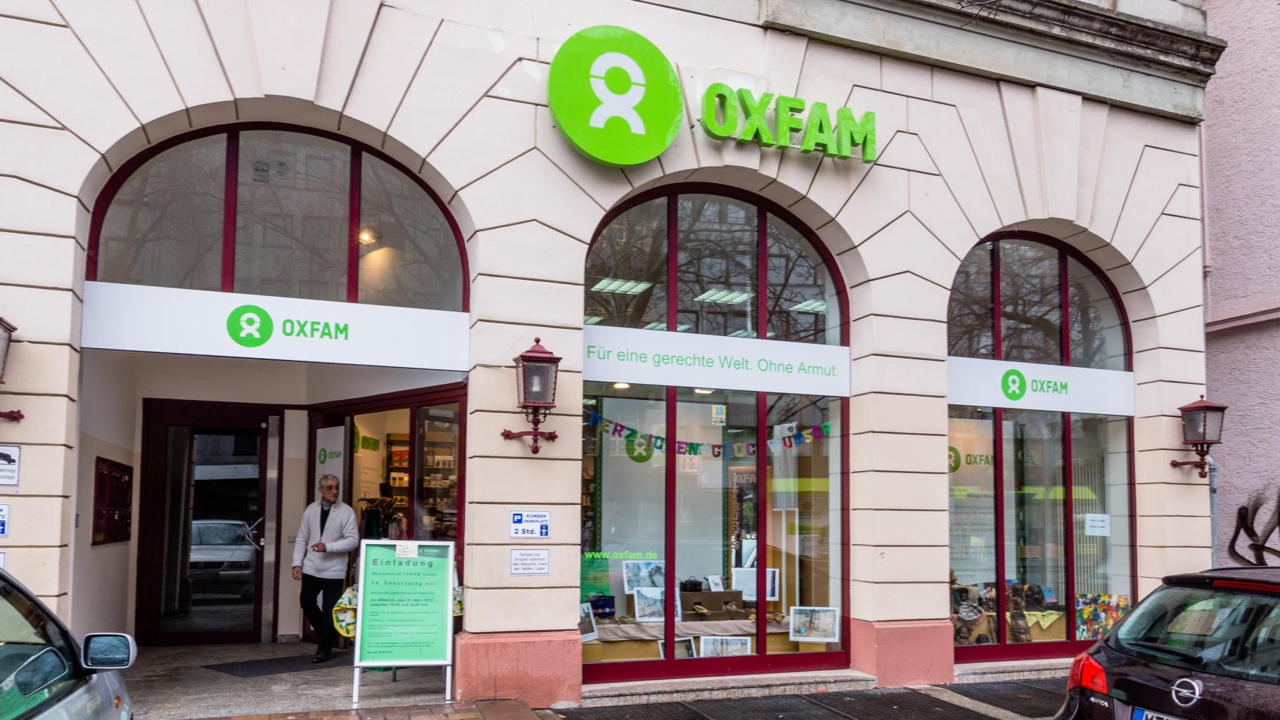Oxfam Shop Wiesbaden - Außenansicht
