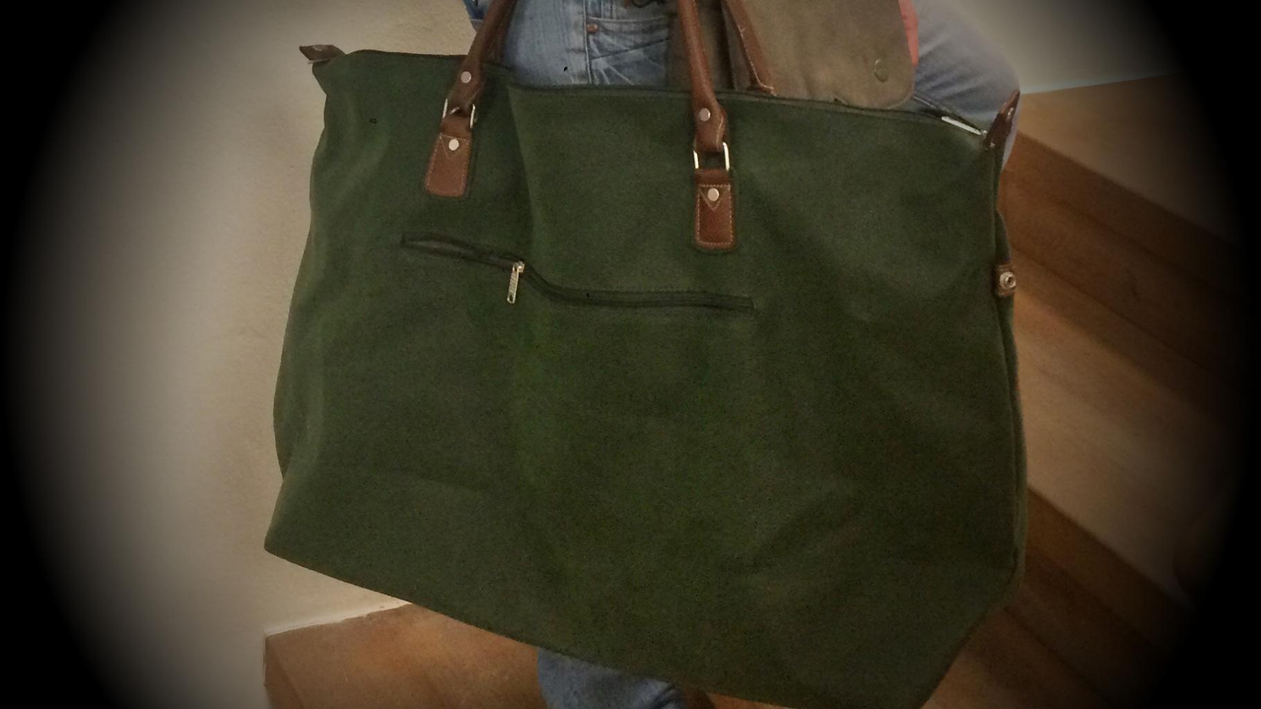 Reisetasche aus dem Oxfam Shop