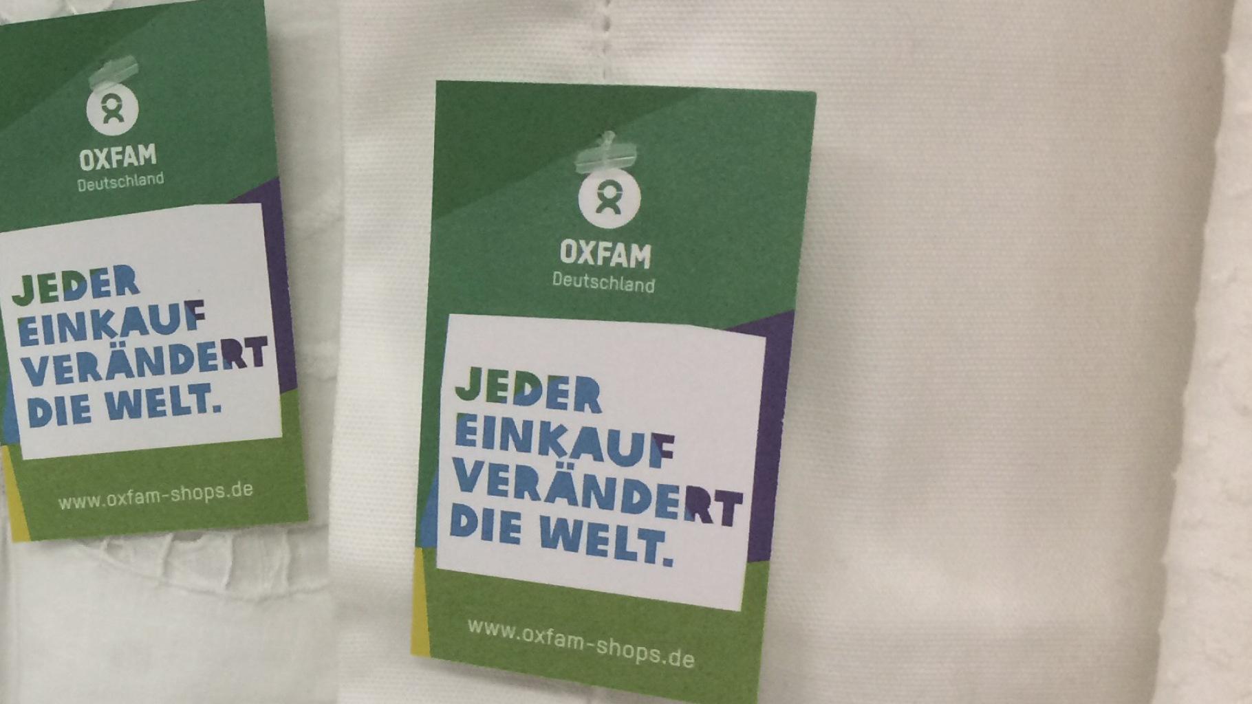 Heimtextilien gibt es im Oxfam Shop
