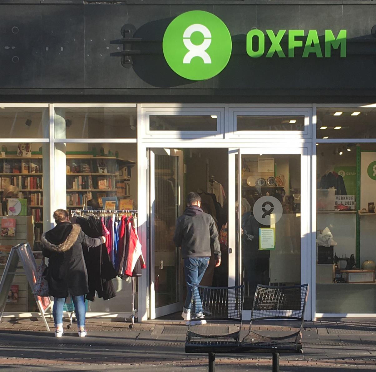 Oxfam Shop Düsseldorf-Pempelfort - Außenansicht