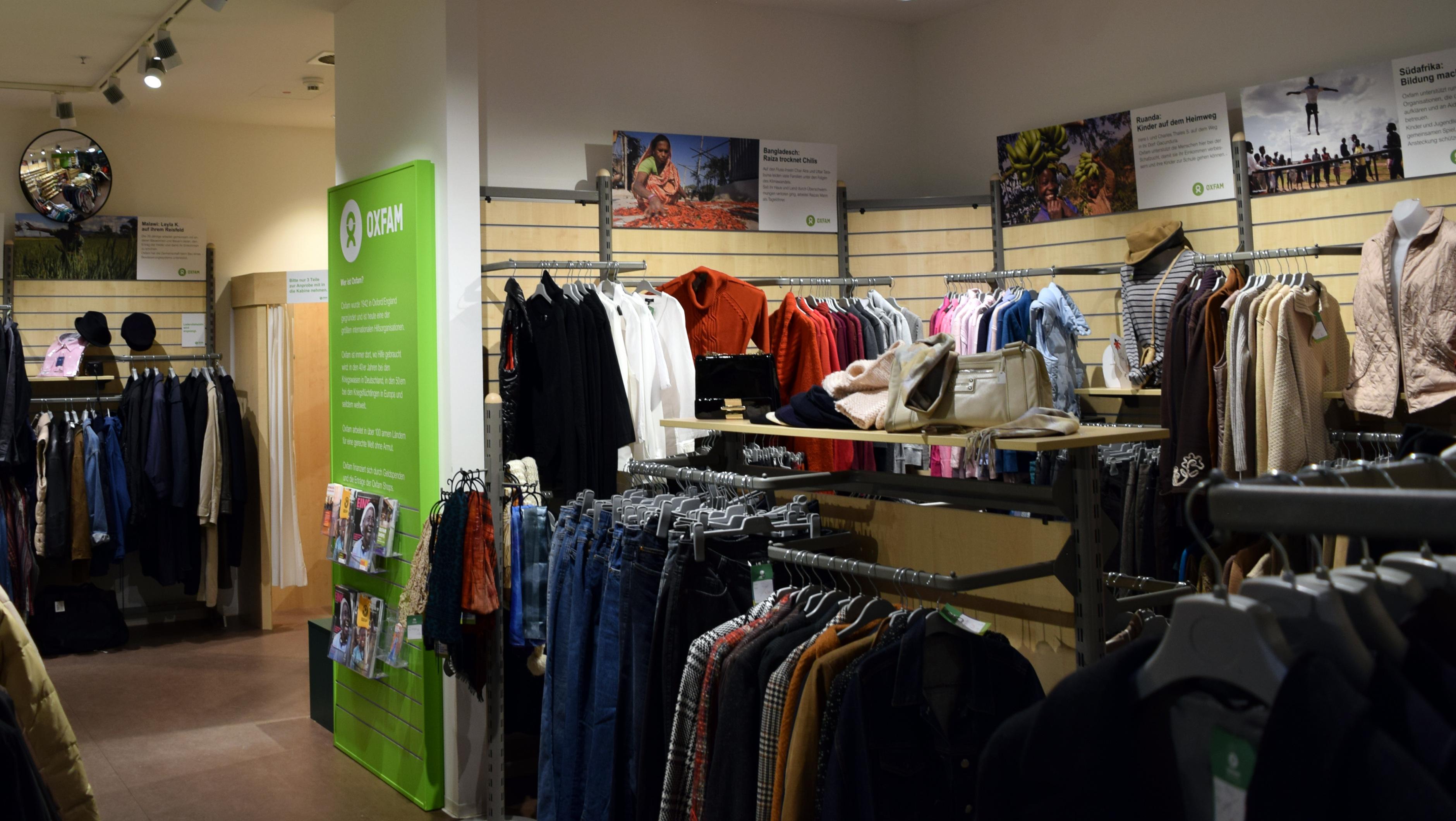 Innenansicht vom Oxfam Shop Kassel