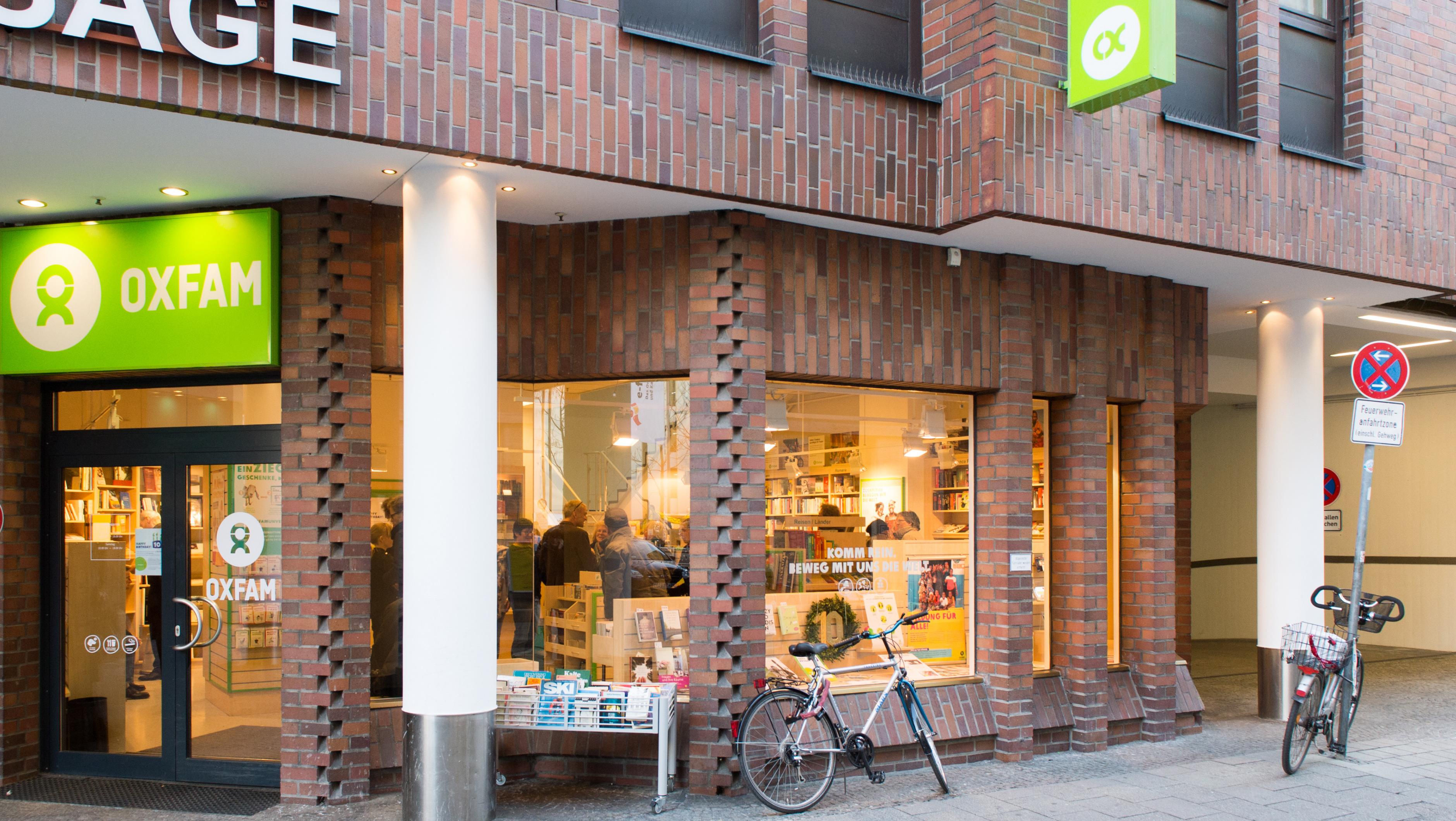 Oxfam Buchshop München - Außenansicht