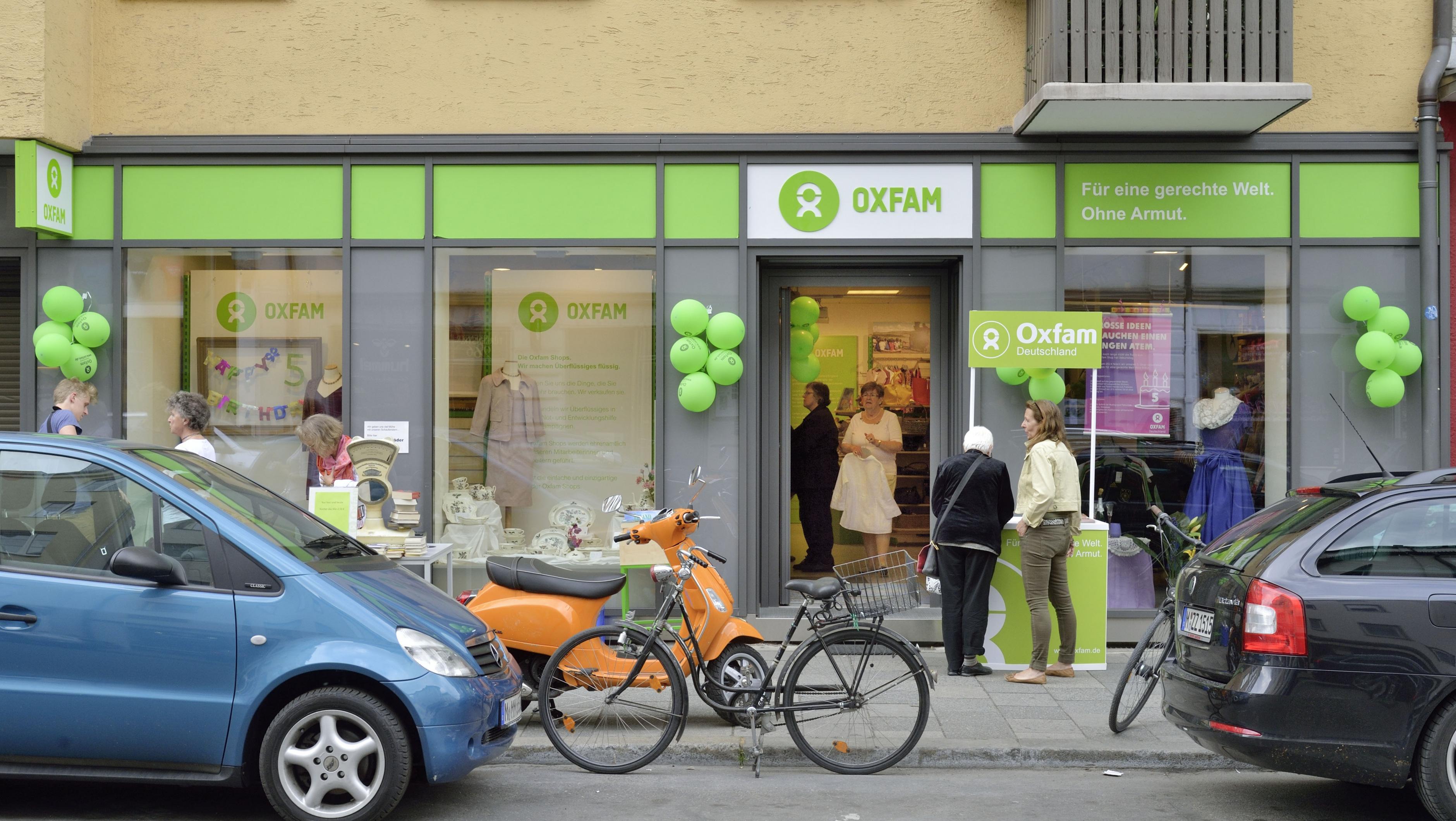 Oxfam Shop München-Maxvorstadt - Außenansicht