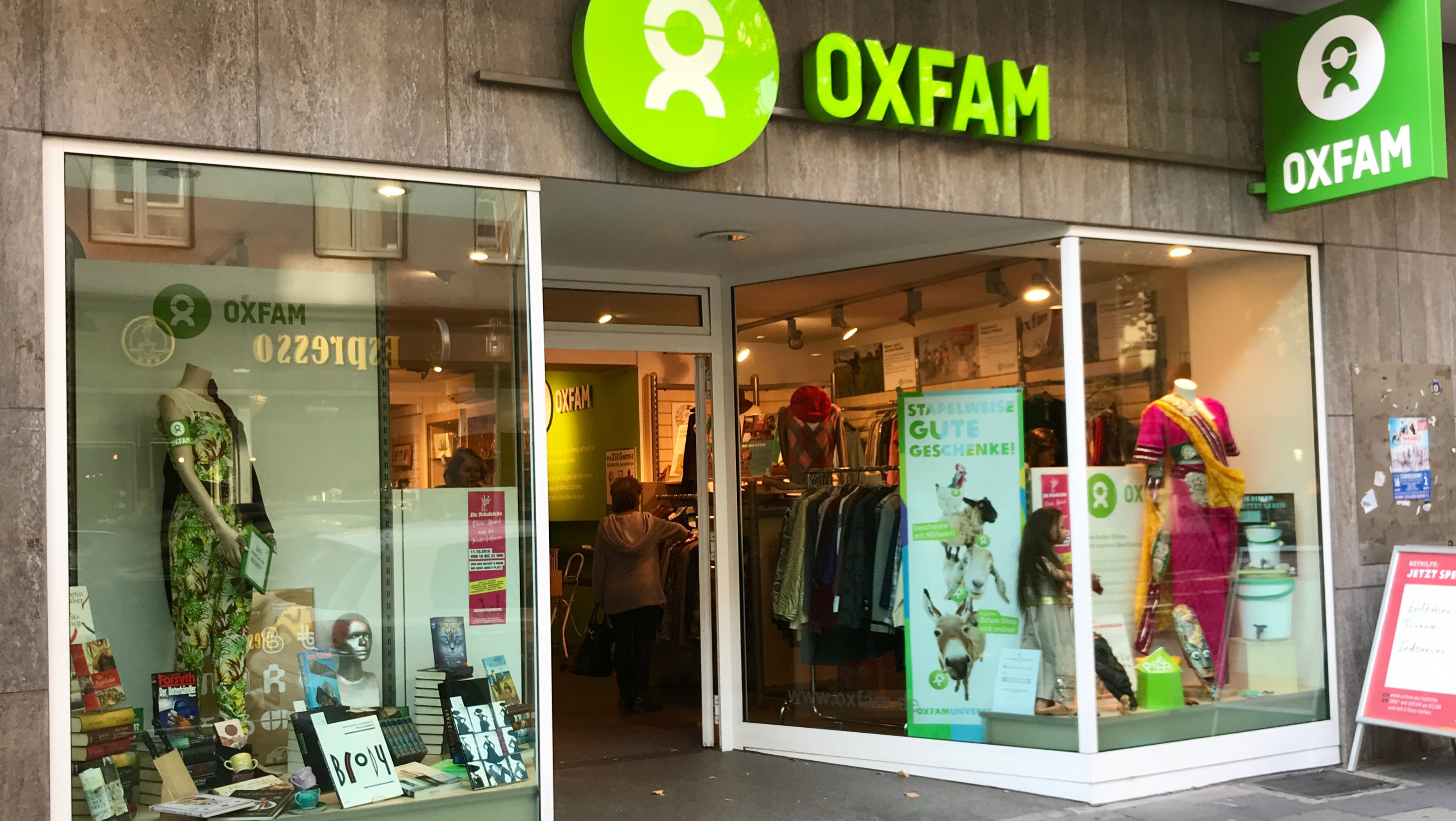 Oxfam Shop Düsseldorf-Friedrichstadt - Außenansicht
